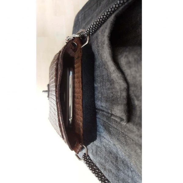 Brown black leather cellphone purse