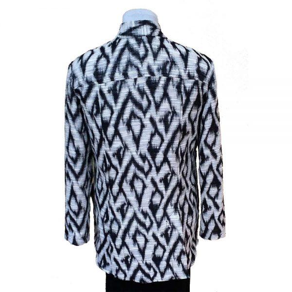 Black white 4-vent jacket