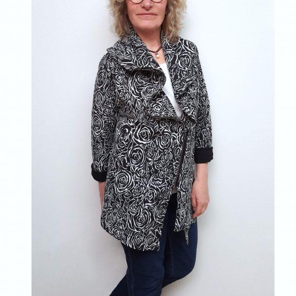 Black white zipper jacket