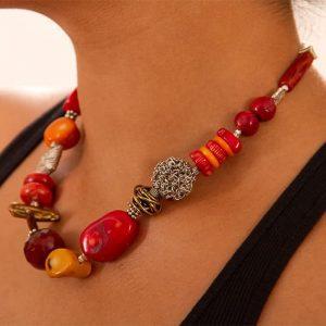 Coral short necklace