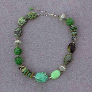 Turquoise short necklace