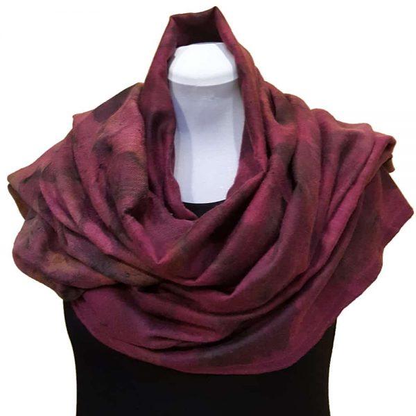 Eco-dyed magenta cashmere scarf