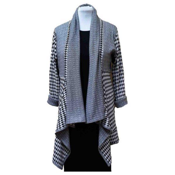 Houndstooth knit drape jacket