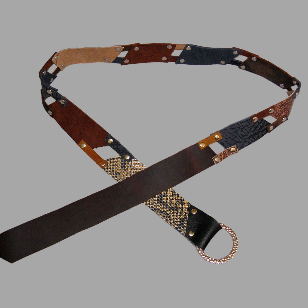 Tricolor leather belt